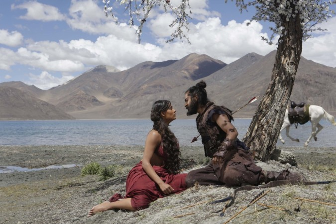 Download Mirzya full Bollywood Movie 2016
